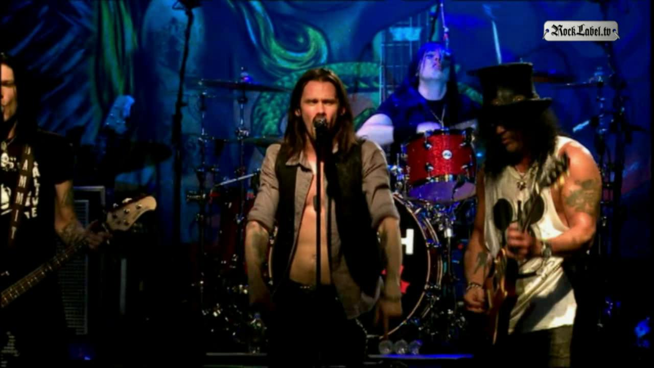 Slash featuring Myles Kennedy & The Conspirators - Ghost (Live)